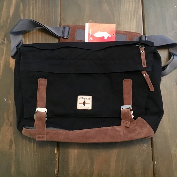 2395e1925e Cotopaxi Kpong messenger bag satchel
